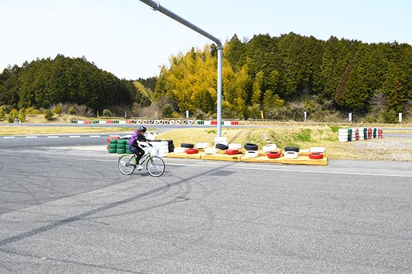 漕ぎやすさ | 自転車通販サイト「cyma -サイマ-」