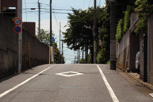 電動自転車メーカー比較の坂道画像