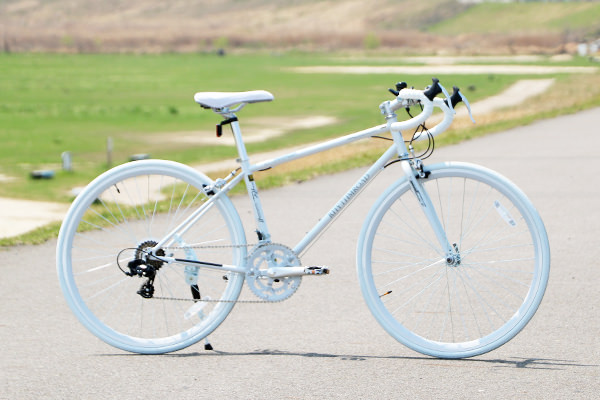 【価格帯別】おすすめのロードバイク6選&おすすめ6メーカー、4つの選び方も紹介